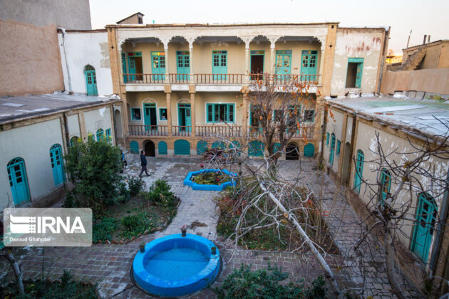 Persian Architecture in Photos: Historical House of Motamen-ol-Atebba