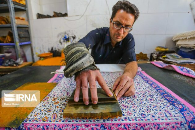 Qalamkari; Traditional Art of Making Hand-Painted Textile (8)