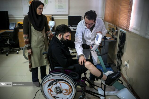 Iran Develops Neural Prosthesis for Spinal Cord Injury Sufferers (15)