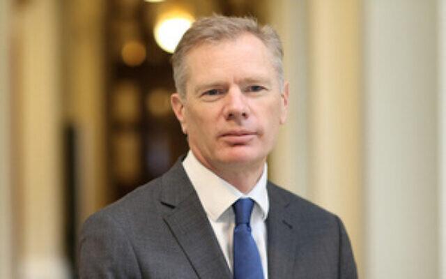 UK Ambassador Leaves Iran after Controversies Report