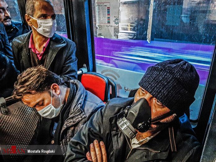 Iranians Using Public Transportation More Cautiously