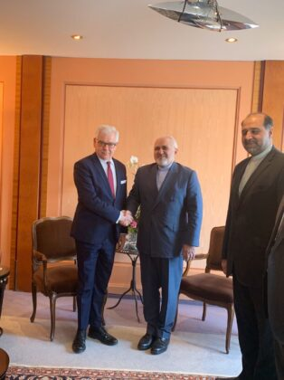 Zarif Reminds Europe of Its Commitments under JCPOA
