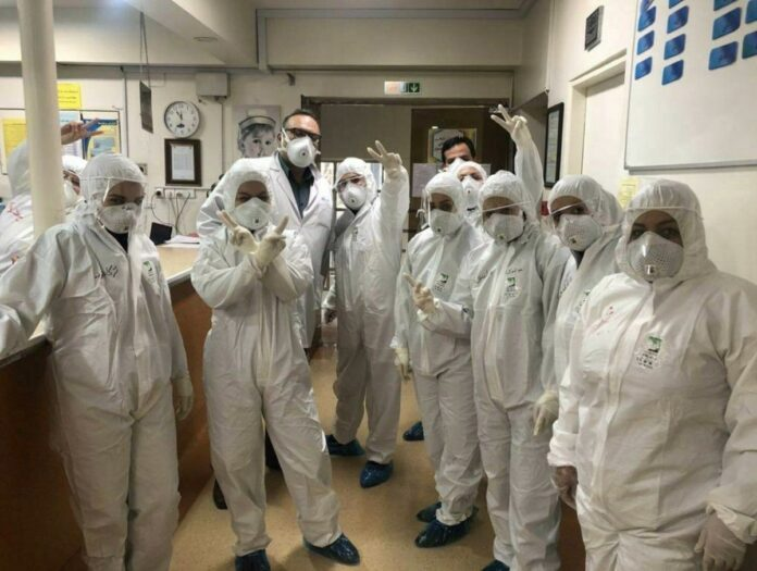 Iran Says Fully Ready to Produce More Masks, Hygiene Equipment