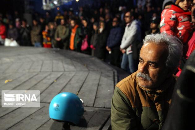 Iran: People Warmly Welcome Street Performances (9)