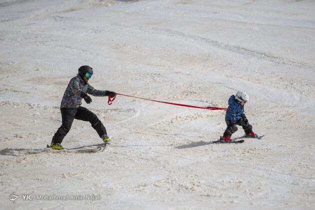 Iran's Beauties in Photos: Tarik-Darreh Ski Resort