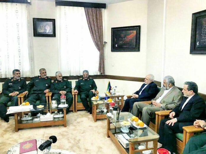 FM Zarif Congratulates IRGC Personnel on National Day