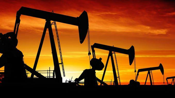 Oil Price Falls Most since 1991 War, Plunges to $31