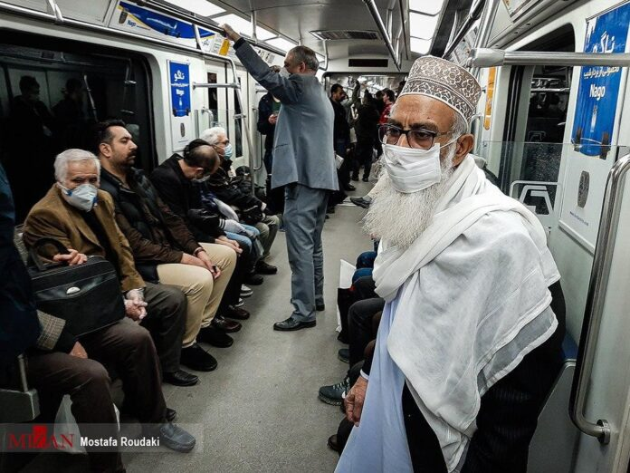 Iran Makes It Compulsory for Subway Commuters to Wear Mask