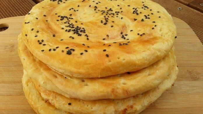 Fatir; A Sweet Iranian Bread for Breakfast