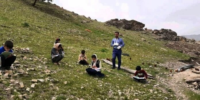 Devoted Teachers Making Sacrifices amid COVID-19 Outbreak in Iran 1