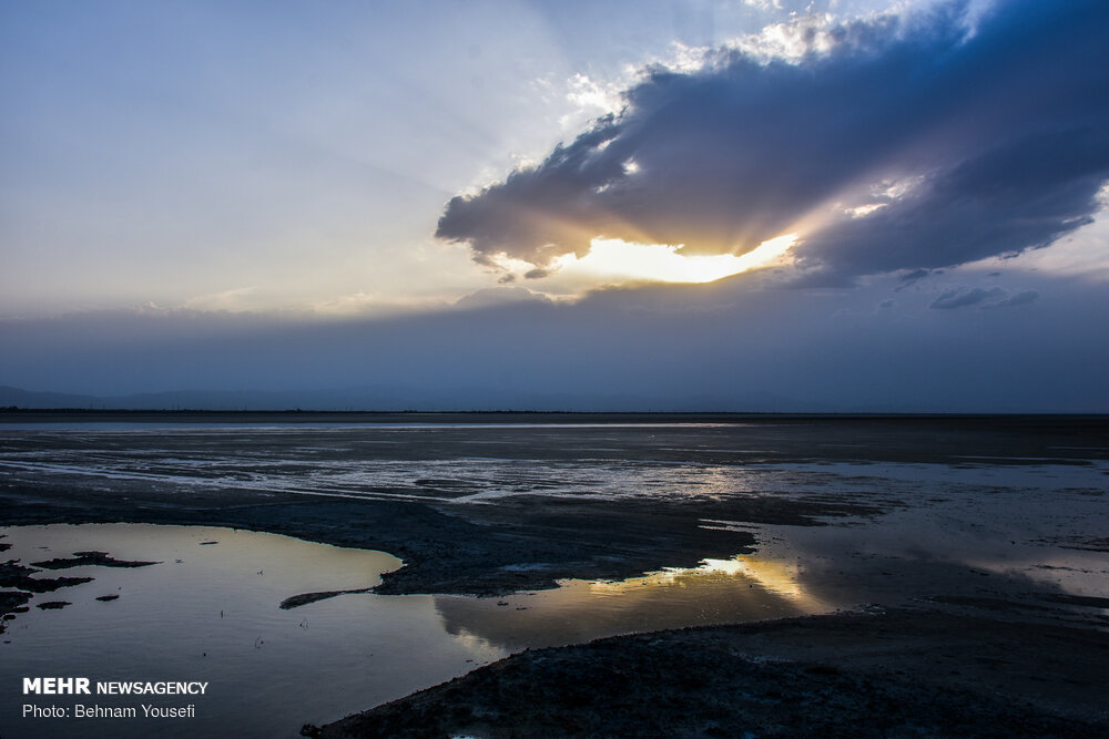 Meighan Lagoon, Central Iran