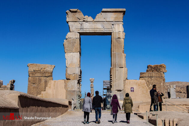 Iran Says Its Tourism Industry Recovers from COVID-19 Earlier than Expected