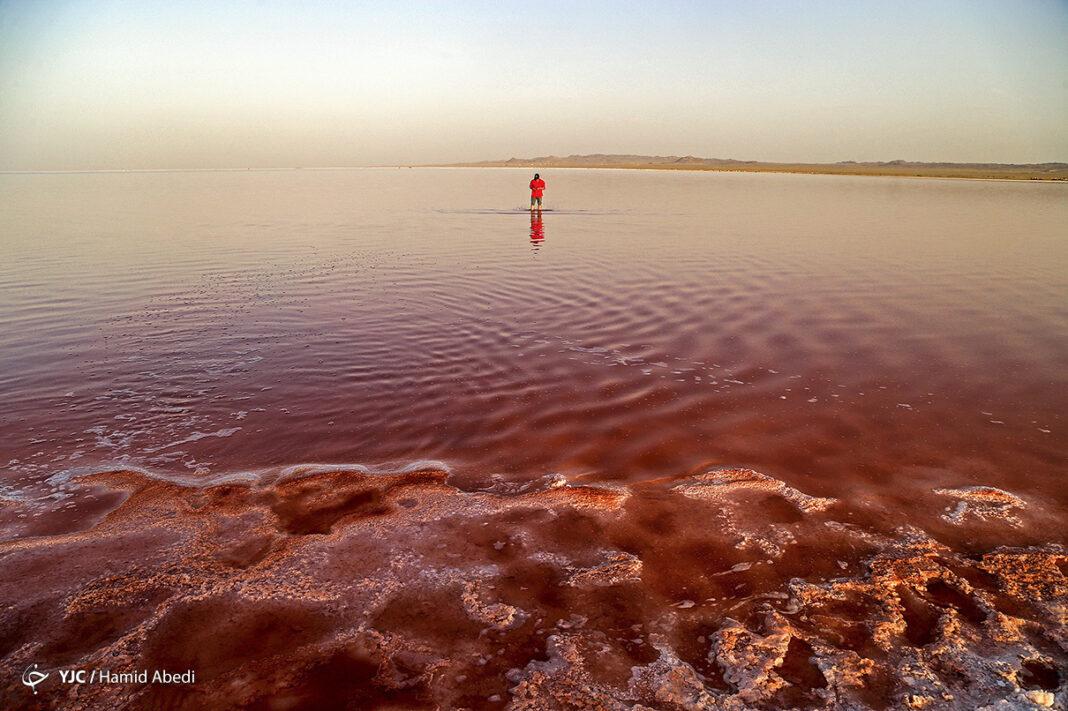 Howz-e Soltan Lake
