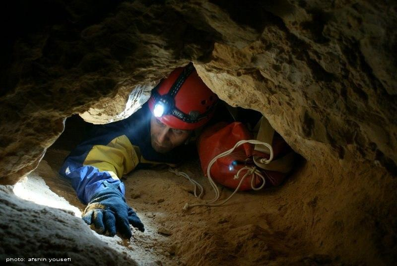 Iran Home to Attractive, Dreadful Caves for Tourists