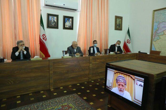 Iran, Oman Discuss Closer Ties, Int'l Developments