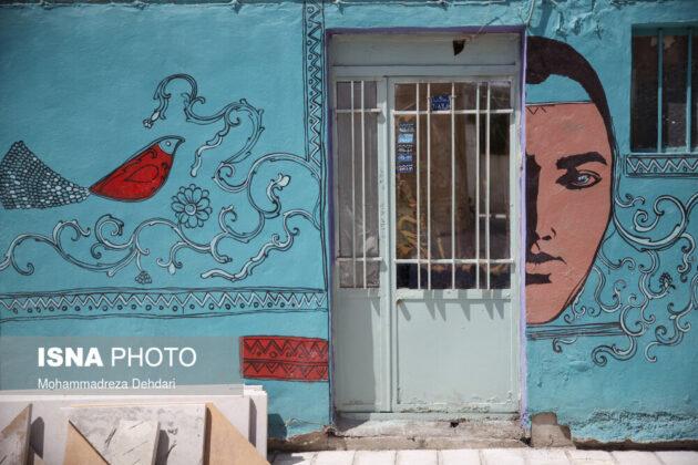 Iran's First 'Gallery Alley' Opens in Qavam Orangery of Shiraz 1