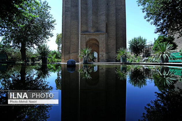 Persian Architecture in Photos: Tughrul Tower