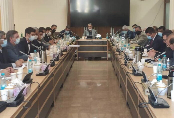 Diplomats Discuss Implementation of Iran-Iraq Deals