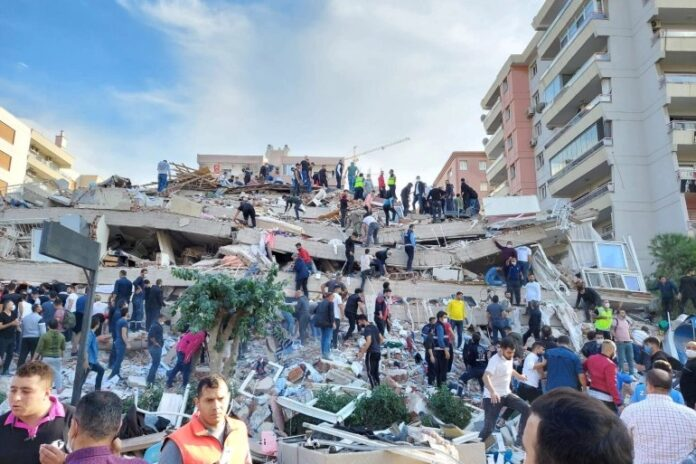 Iran Sympathizes with Turkey over Tragic Earthquake