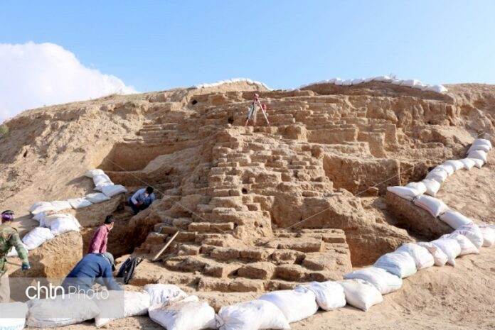Remains of Ancient Fortress Unearthed in Northeast Iran
