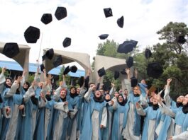 Iranian Women Shining in Higher Education Sector: Minister